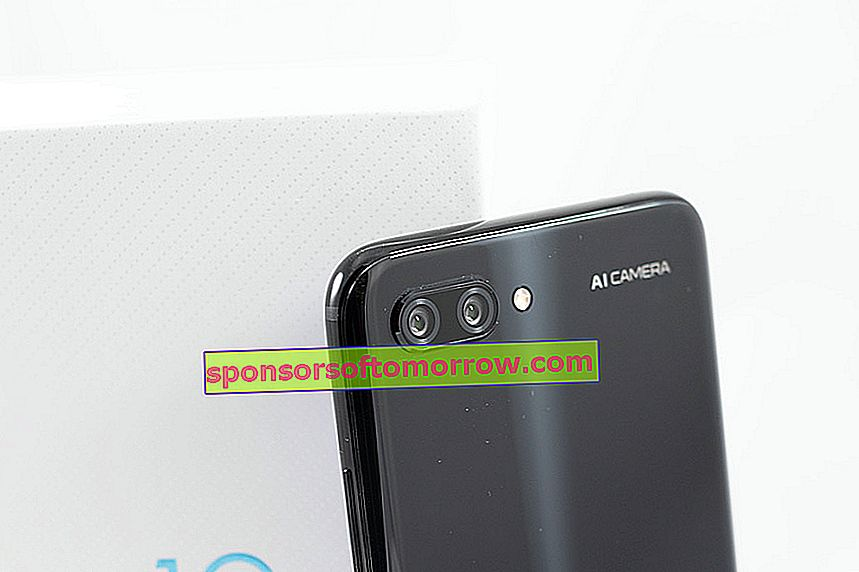 we have tested Honor 10 rear camera