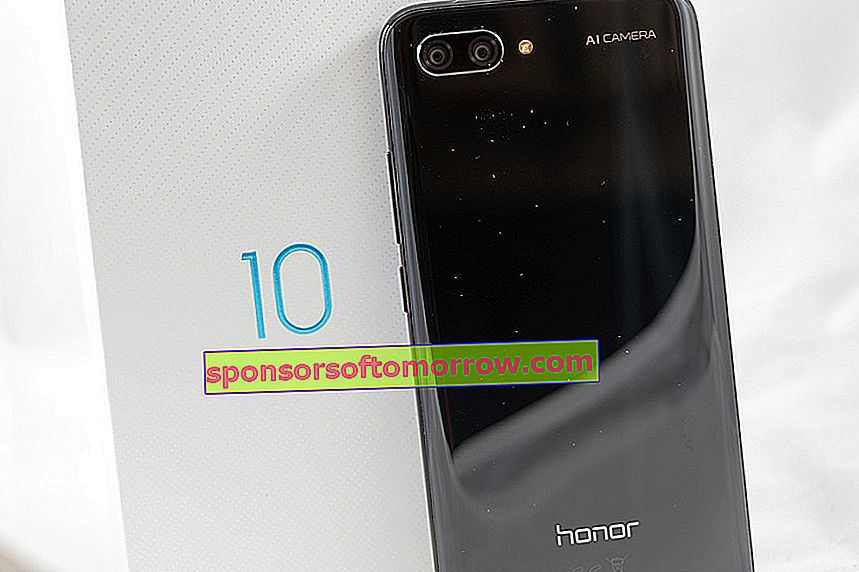 we have tested Honor 10 back cover