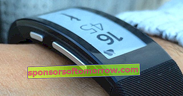 Sony SmartBand Talk SWR30, we have tested it