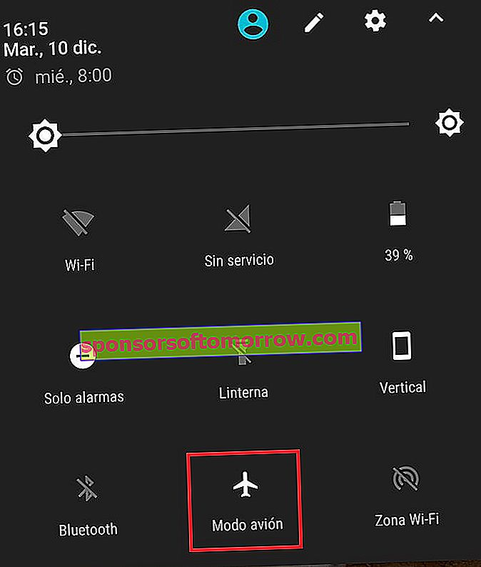 use airplane mode