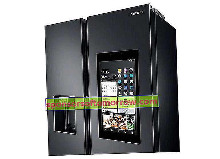 Key Features of Samsung Family Hub Connected Fridges Features Shopping List Display