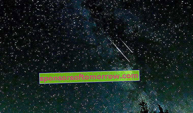 Tips and tricks for taking photos with your mobile to the Perseid Meteor Shower photo